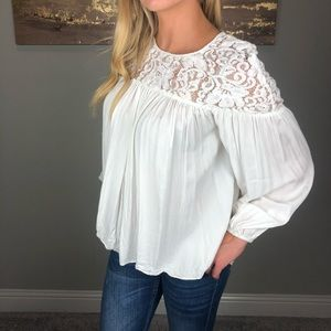 Sundance Pleated Lace White Blouse